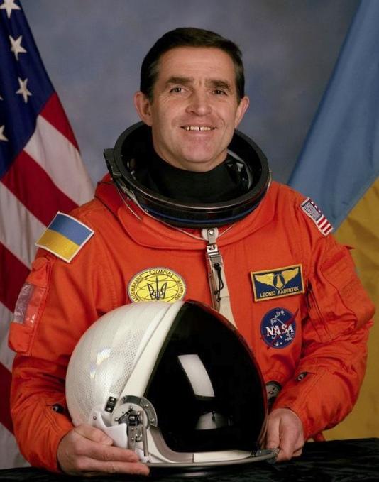 19 Лет полету в космос первого космонавта независимой украины леонида константиновича каденюка