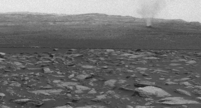 Что происходит спочвой при ударе метеорита?