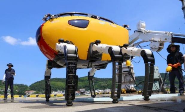 Crabster cr200 — самый большой в мире глубоководный шагающий робот