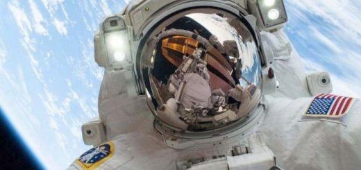 dnevniki-robota-astronavta_1.jpg