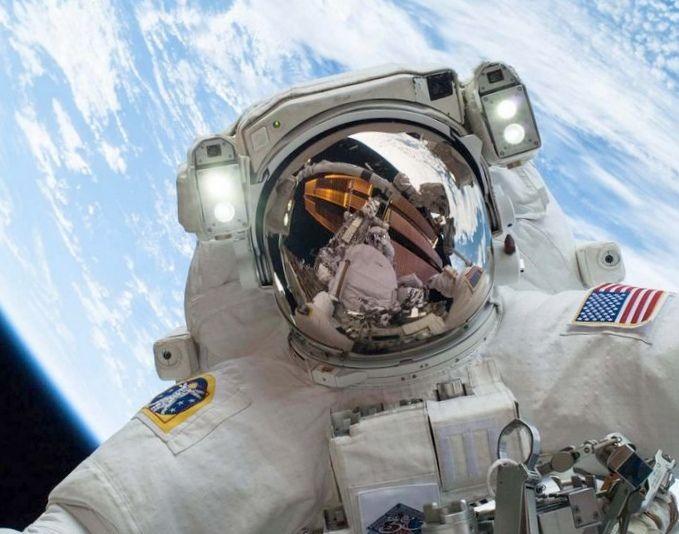 Дневники робота-астронавта