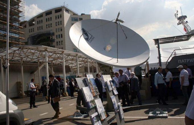 Комплексы приема информации с российских спутников дзз