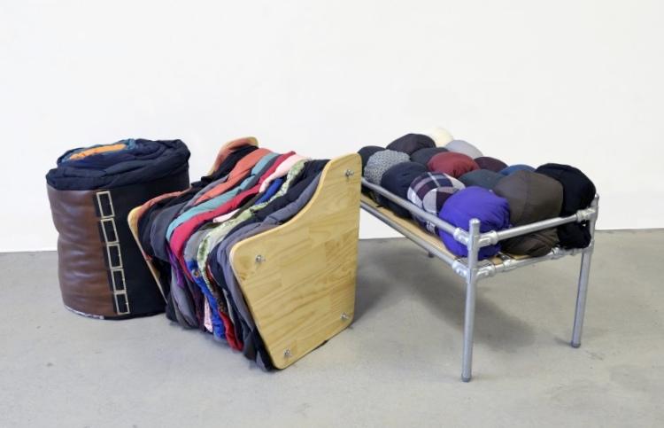 Мебель из старой одежды