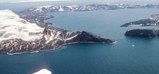 nasa-odin-iz-ledovyh-shhitov-antarktiki-polnostju_1.jpg