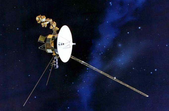 Небесный глаз: космическому телескопу хаббл исполнилось пятнадцать лет