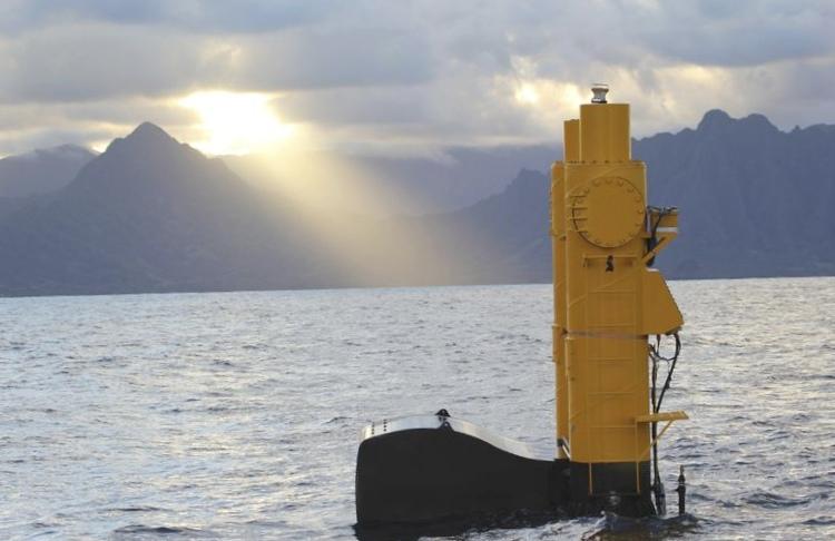 Необычная система сбора приливной энергии azura установлена на гавайях