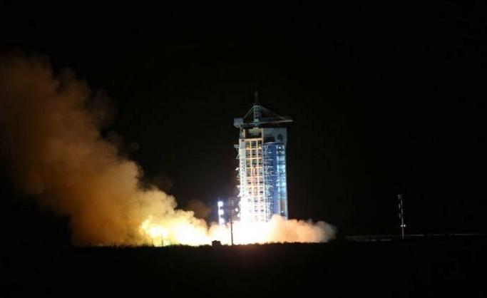 Первый частный российский спутник может отправиться в космос в 2014 году