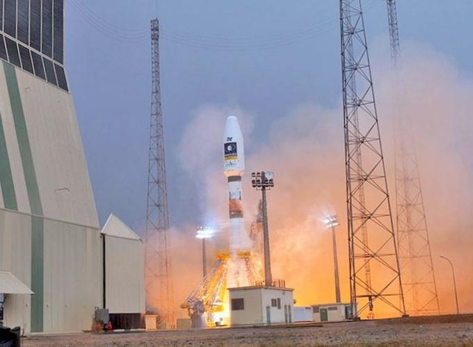 Самарские конструкторы рассказывают о пуске ракеты-носителя союз-ст из гвианского космического центра