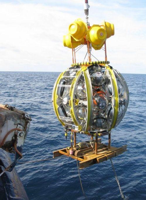 Самый большой подводный нейтринный телескоп