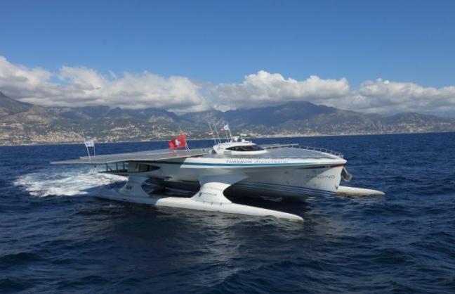 Солнечная яхта planetsolar готовится к экспедиции