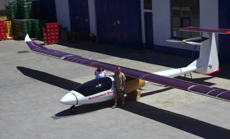 Sunseeker duo – двухместный солнечный самолет