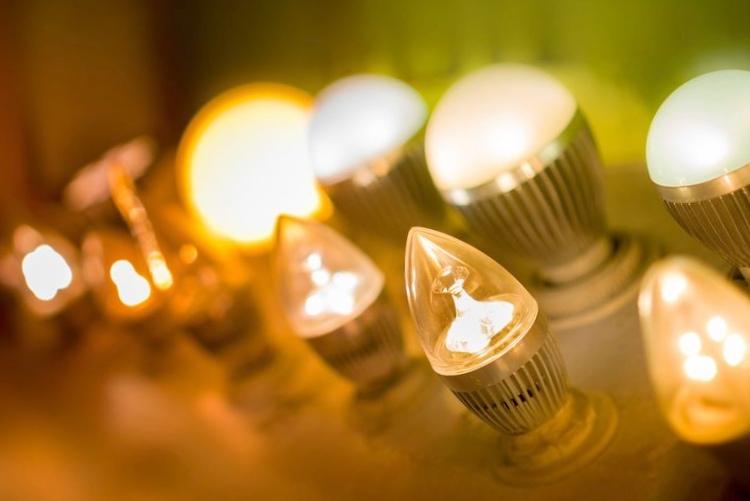 Светодиодные лампочки создают беспроводное соединение