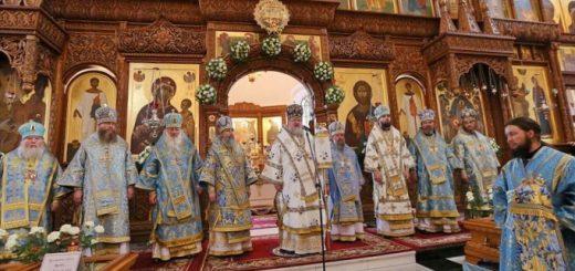 svjatogorskaja-lavra-donbass-v-pomoshh-palomniku_1.jpg