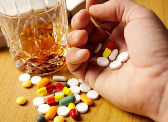 Таблетки: пить или не пить, а если пить, то как