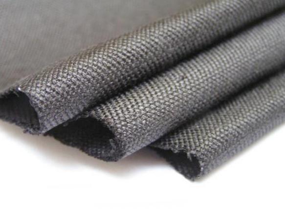 Ткань из активированного угля удаляет токсичные отходы