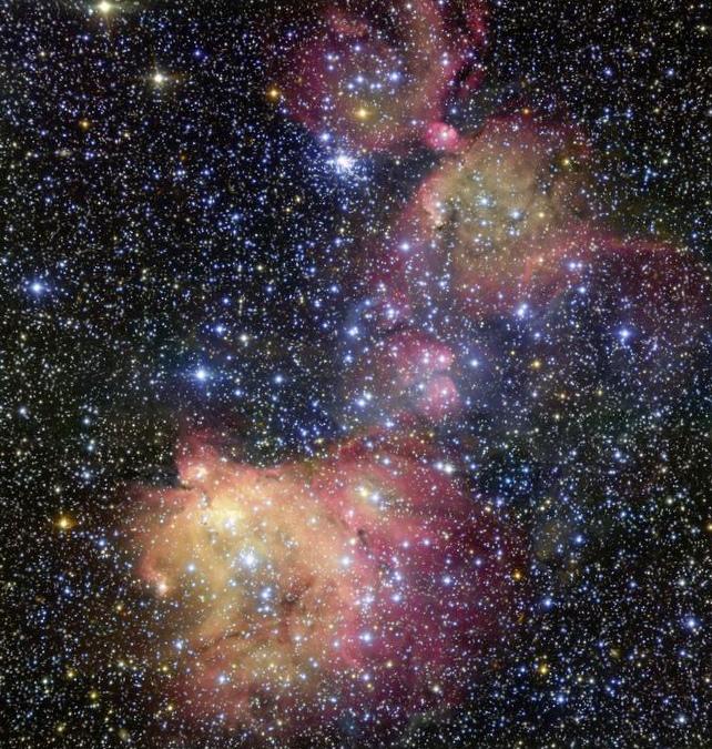 Вдоль струны назвездолете: полет вдоль космических струн