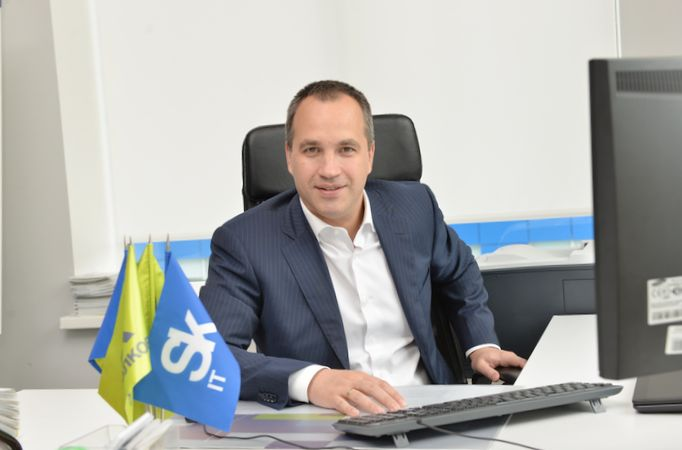 Вексельберг вложился в ит-проект бекмамбетова