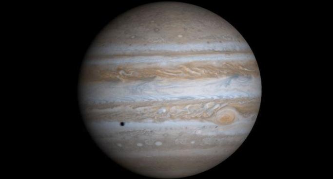 Вкраю гигантов: сатурн, юпитер иихлуны